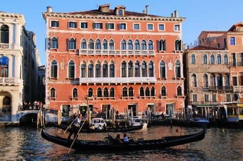 Palazzo Bembo Venice
