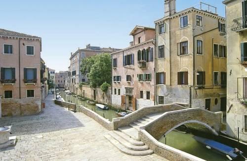 Allegra Venice