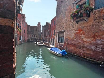 Sotoportego Venier Venice