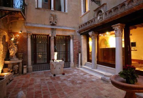 Hotel Al Ponte Mocenigo Venice