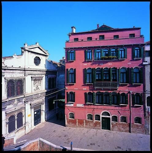 Palazzo Schiavoni Venice