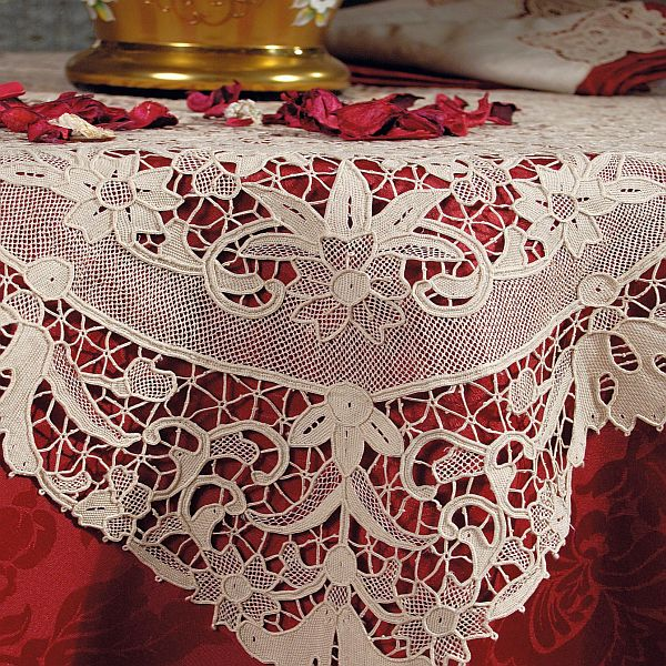 martina vidal venezia  burano lace collection