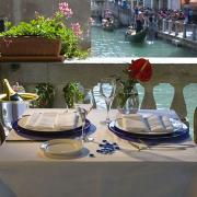 Palace Bonvecchiati Venice 2.jpg