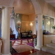 Palace Bonvecchiati Venice 3.jpg