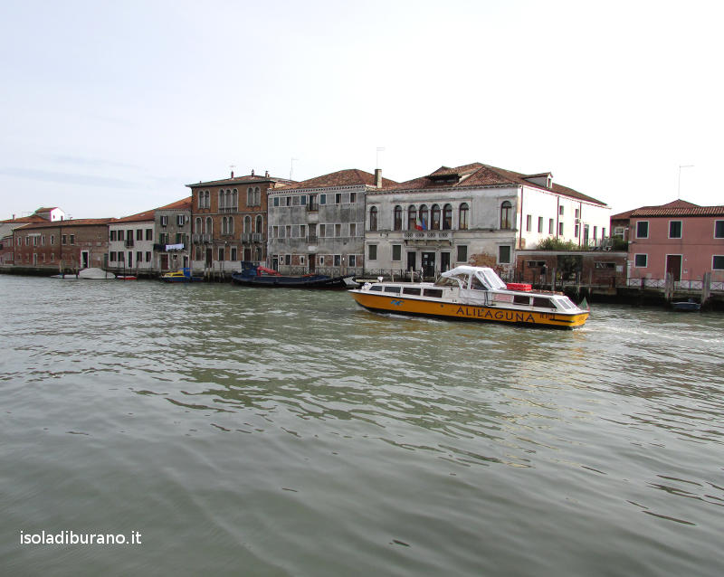 Murano To Burano.How To Get To Burano Venice With A Tour Or By Water Bus