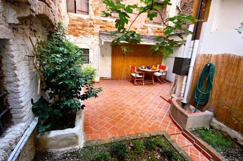 Case Piccole Con Giardino : Residenza al giardino 30123 calle delle moschette 6604 venezia