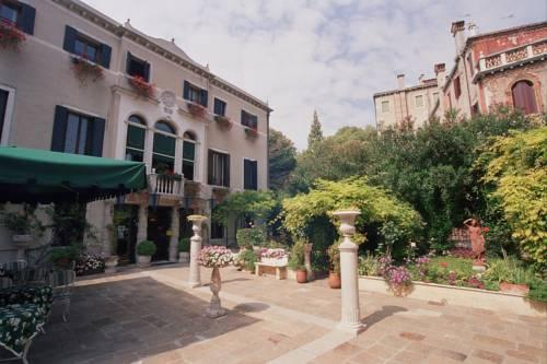 Pensione Accademia - Villa Maravege Venezia