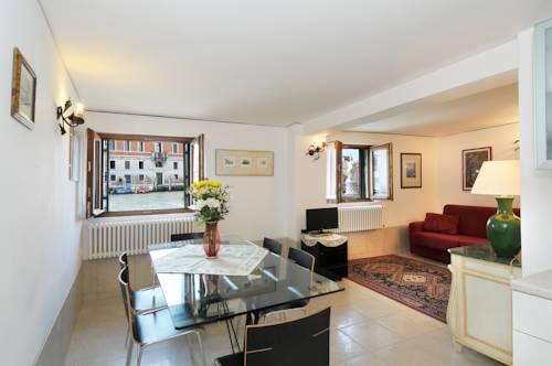 The Charm Suites Venezia