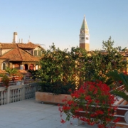 Hotel A La Commedia Venezia 5.jpg