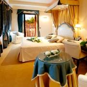 Hotel A La Commedia Venezia 7.jpg